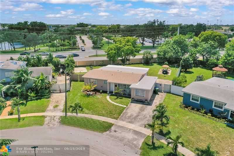 $339,900 - 3Br/2Ba -  for Sale in Boulevard Heights Sec 12, Pembroke Pines