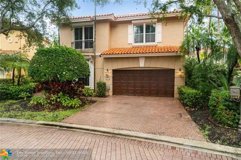 $849,000 - 5Br/3Ba -  for Sale in Three Islands 3rd Sec, Hollywood