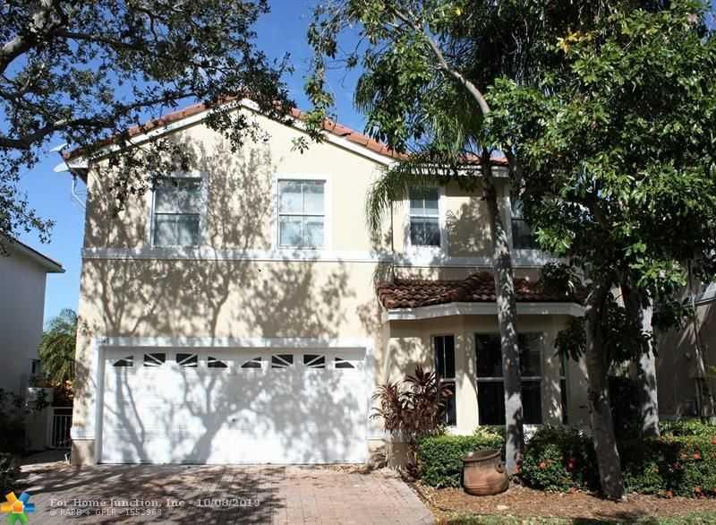 $535,000 - 3Br/3Ba -  for Sale in Westlake Village Plat, Hollywood