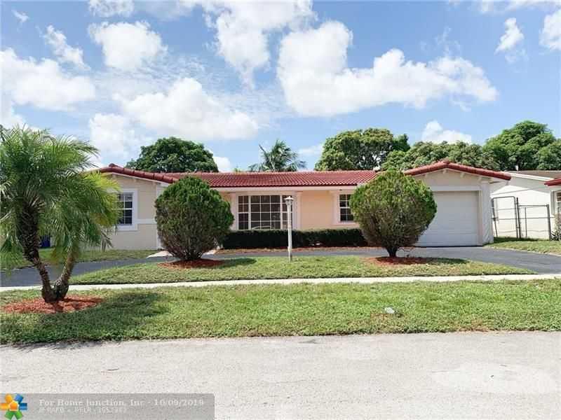 $317,999 - 3Br/2Ba -  for Sale in Lauderdale Lakes East Gat, Lauderdale Lakes