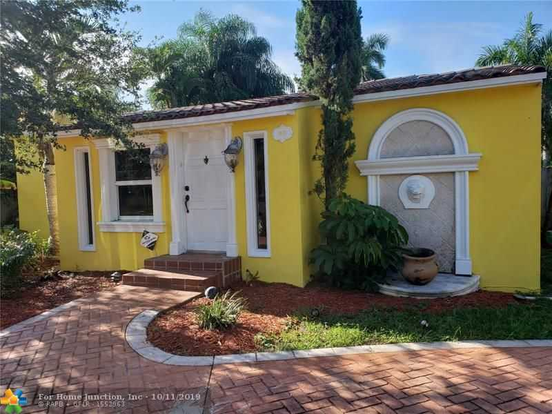 $499,902 - 4Br/4Ba -  for Sale in Sunset Trails 4 24-34 B, Hollywood