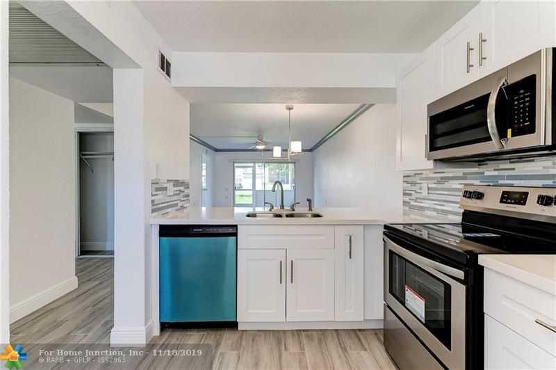 $146,000 - 2Br/2Ba -  for Sale in Coconut Creek