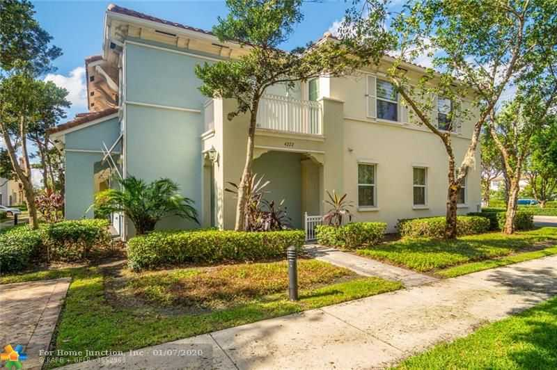 $315,499 - 2Br/2Ba -  for Sale in Cooper City