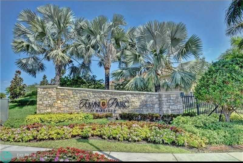 $412,500 - 3Br/3Ba -  for Sale in Parkland