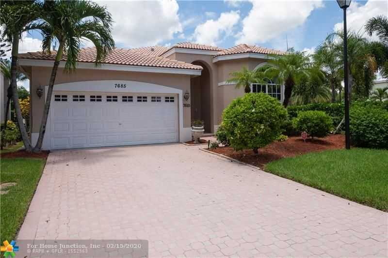 $414,900 - 4Br/2Ba -  for Sale in Cypress Cay, Parkland