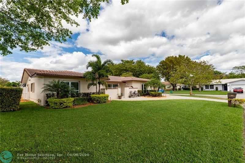 $465,000 - 4Br/3Ba -  for Sale in Forest Hills 72-47 B, Coral Springs