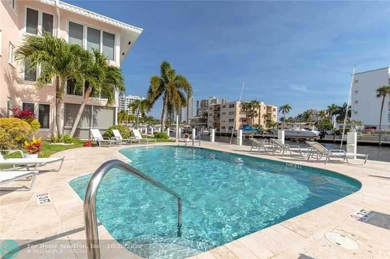 $425,000 - 2Br/2Ba -  for Sale in Fort Lauderdale