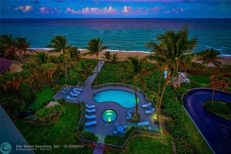 $4,200,000 - 5Br/7Ba -  for Sale in Hillsboro Beach