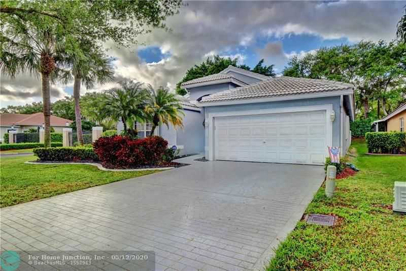$427,499 - 3Br/2Ba -  for Sale in The Lakes At Parkland, Parkland