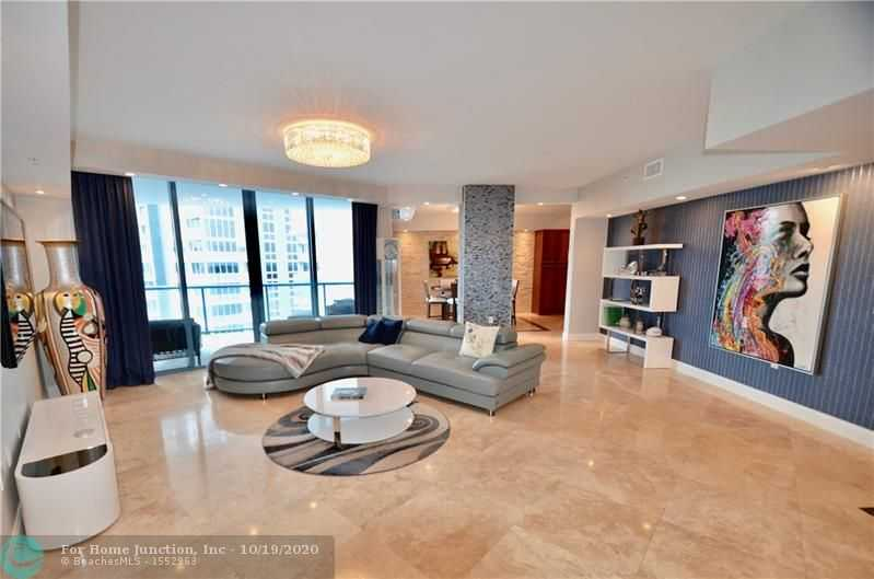 $939,000 - 2Br/3Ba -  for Sale in Fort Lauderdale