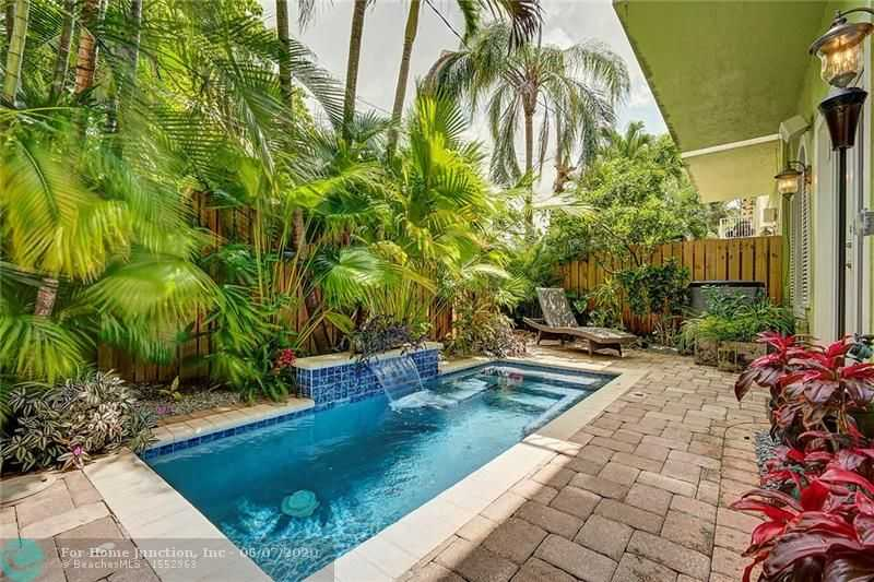 $624,000 - 3Br/3Ba -  for Sale in Wilton Manors