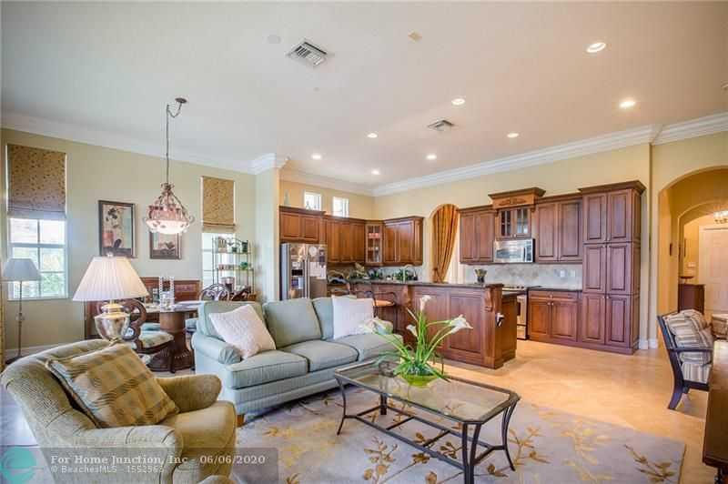 $534,000 - 3Br/3Ba -  for Sale in Heron Bay Northeast 173-9, Parkland