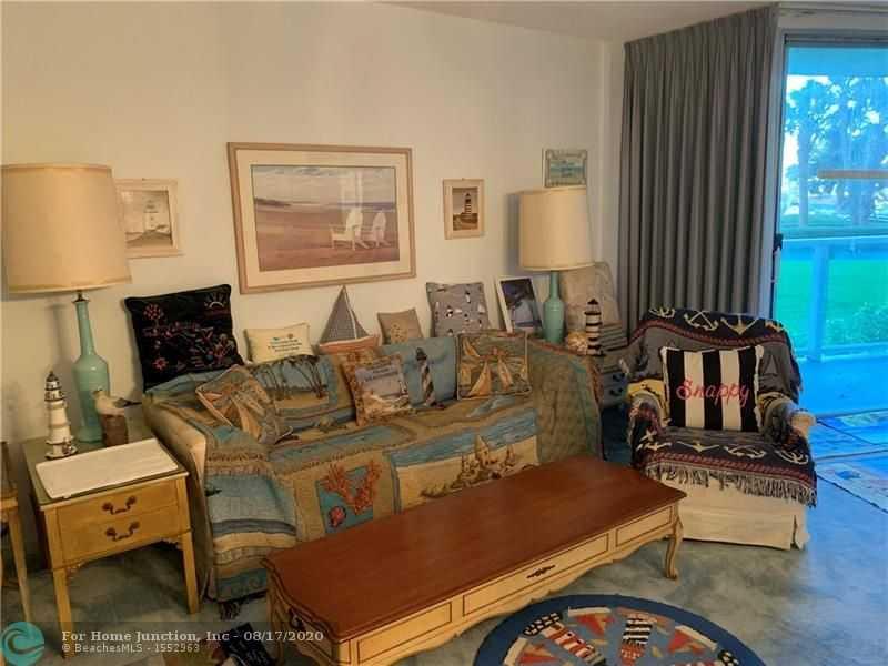 $335,000 - 2Br/3Ba -  for Sale in Deerfield Beach
