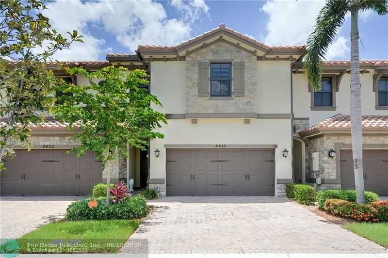 $439,000 - 4Br/4Ba -  for Sale in Town Parc At Miralago, Parkland
