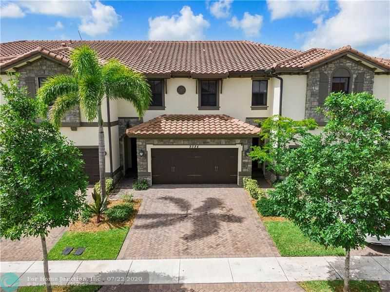 $420,000 - 3Br/3Ba -  for Sale in Parkland