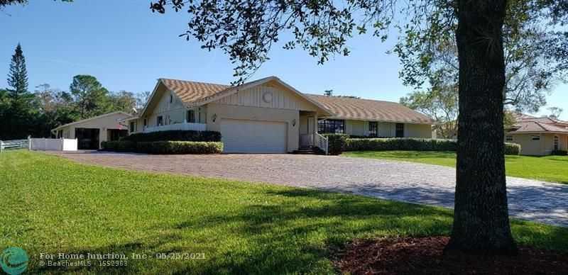$1,195,000 - 4Br/2Ba -  for Sale in Pine Tree Estates, Parkland