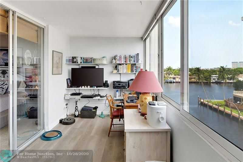 $325,000 - 2Br/2Ba -  for Sale in Fort Lauderdale