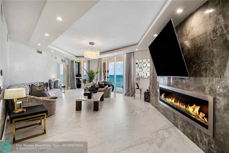 $2,350,000 - 3Br/4Ba -  for Sale in Lauderdale By The Sea