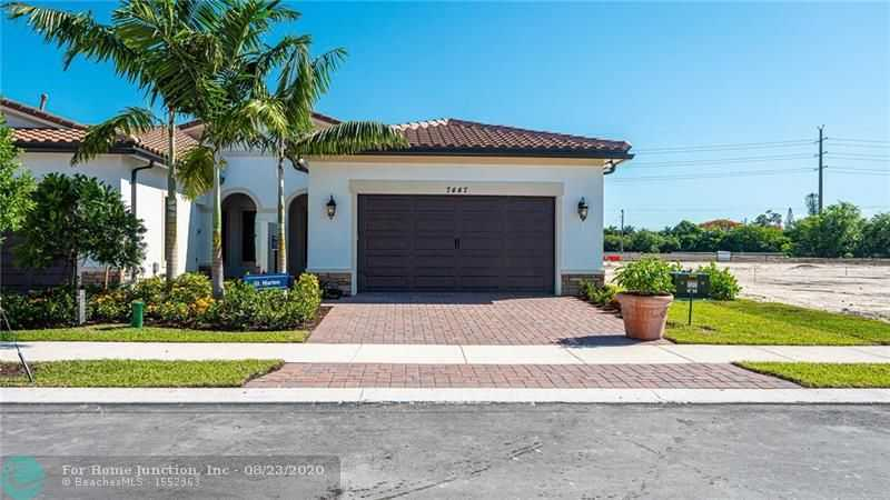 $423,470 - 2Br/2Ba -  for Sale in Parkland