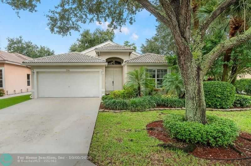$450,000 - 3Br/2Ba -  for Sale in The Lakes At Parkland, Parkland