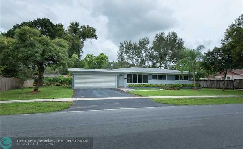 $499,900 - 4Br/3Ba -  for Sale in Plantation Park 43-18 B, Plantation