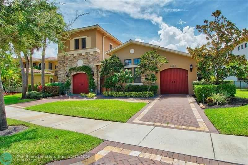 $798,003 - 4Br/5Ba -  for Sale in Parkland Golf And Country, Parkland