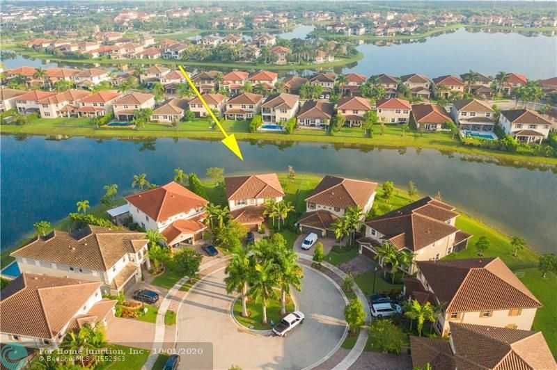 $739,000 - 4Br/4Ba -  for Sale in Miralago At Parkland, Parkland