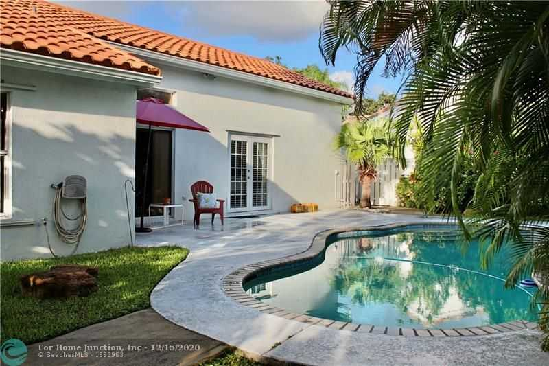 $465,000 - 3Br/2Ba -  for Sale in Flamingo Estates 150-6 B, Miramar
