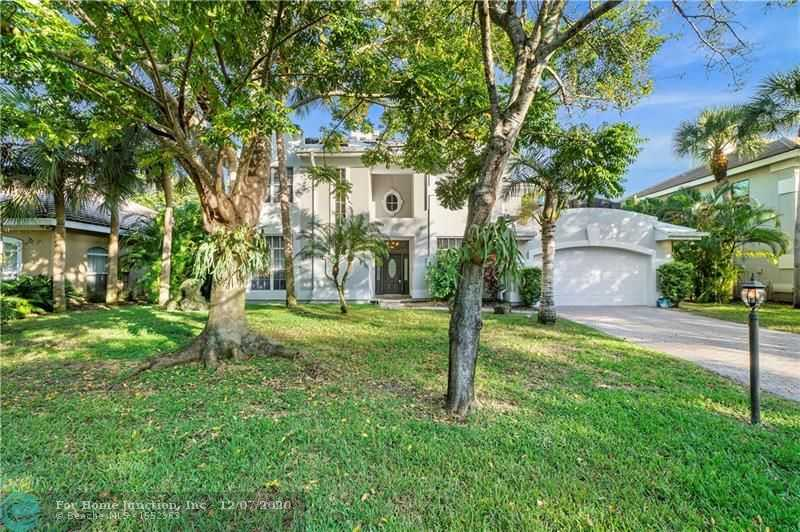 $799,000 - 5Br/4Ba -  for Sale in Country's Place, Parkland
