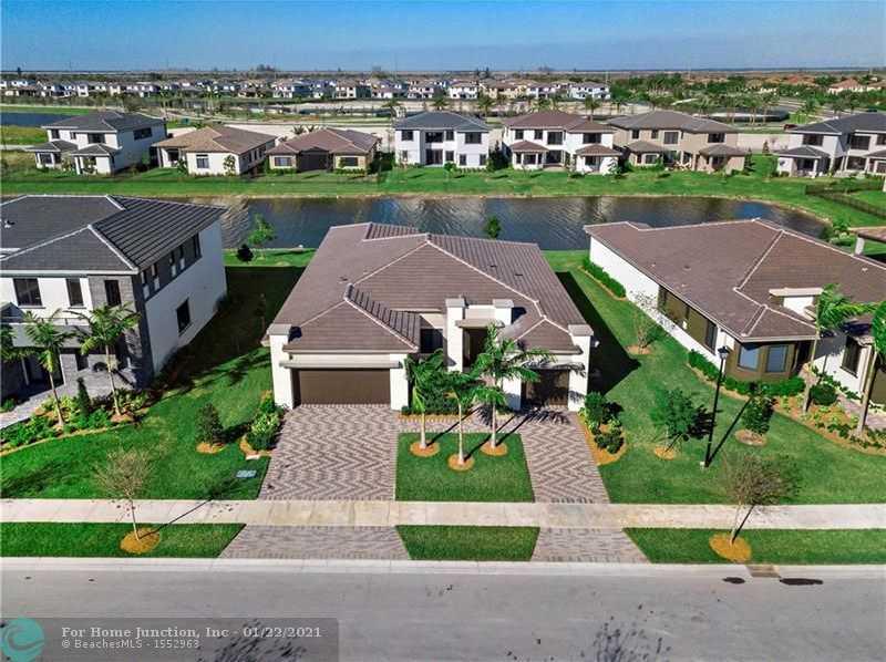 $729,900 - 4Br/3Ba -  for Sale in Triple H Ranch 182-111 B, Parkland