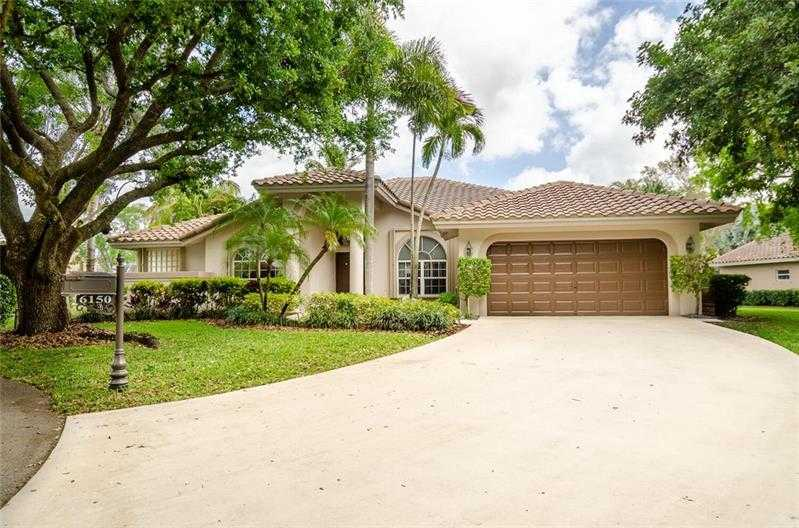 $675,000 - 4Br/3Ba -  for Sale in Countrys Point Estates, Parkland
