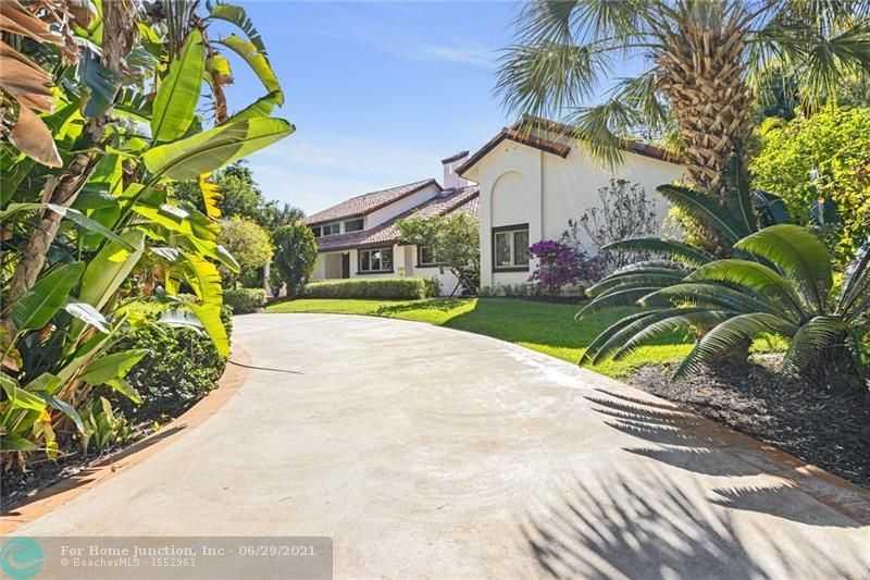 $1,249,000 - 3Br/3Ba -  for Sale in Pine Tree Estates, Parkland