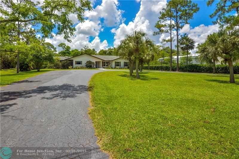 $1,095,000 - 5Br/4Ba -  for Sale in Pine Tree Estates, Parkland