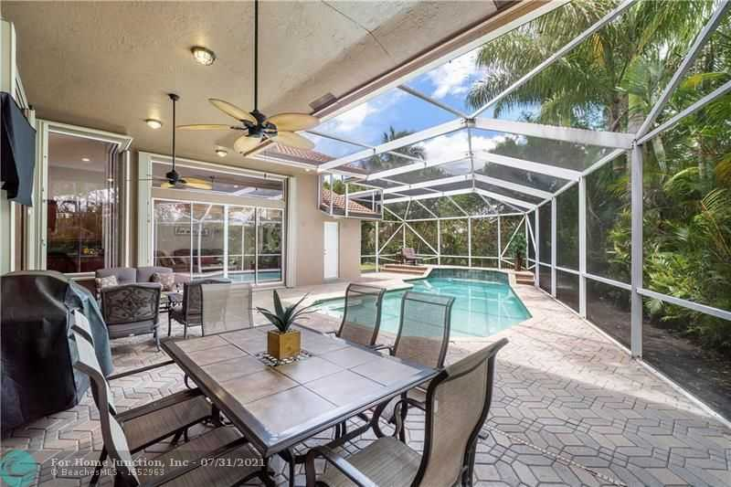 $825,000 - 4Br/3Ba -  for Sale in Meadow Run, Parkland