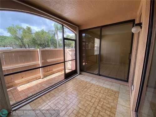 $249,000 - 2Br/2Ba -  for Sale in Pierpointe, Pembroke Pines