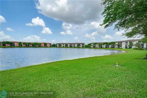 $145,000 - 1Br/2Ba -  for Sale in Plymouth, Pembroke Pines