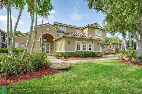 $998,000 - 5Br/4Ba -  for Sale in Vulcan Materials Co, Pembroke Pines