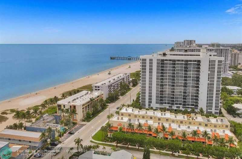 $584,000 - 2Br/3Ba -  for Sale in 555 Ocean Townhomes, Pompano Beach