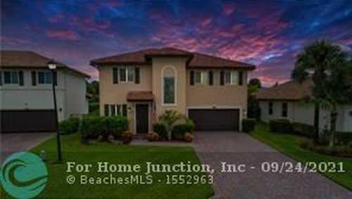 $659,000 - 3Br/3Ba -  for Sale in Vista Lago, Lake Worth Beach