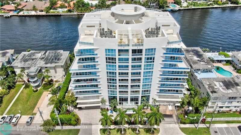 $1,600,000 - 3Br/4Ba -  for Sale in La Rive, Fort Lauderdale