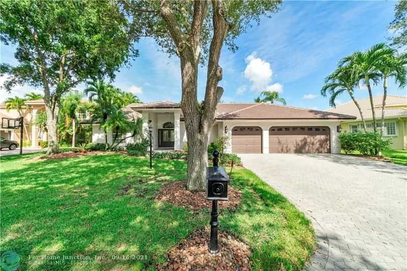 $824,900 - 4Br/3Ba -  for Sale in Meadow Run 151-6 B, Parkland