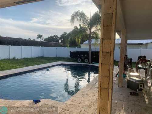 $569,000 - 4Br/2Ba -  for Sale in Coconut Creek 11th Sec 74, Coconut Creek