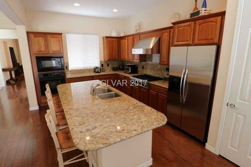 $559,000 - 3Br/3Ba -  for Sale in Anthem Cntry Club Parcel 12, Henderson