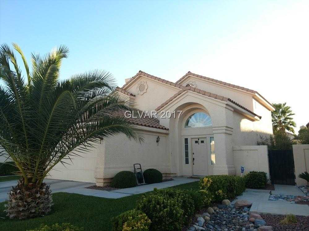 $300,000 - 4Br/3Ba -  for Sale in Signature At Peccole Ranch, Las Vegas