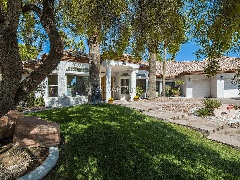 $750,000 - 5Br/4Ba -  for Sale in Section 10, Las Vegas