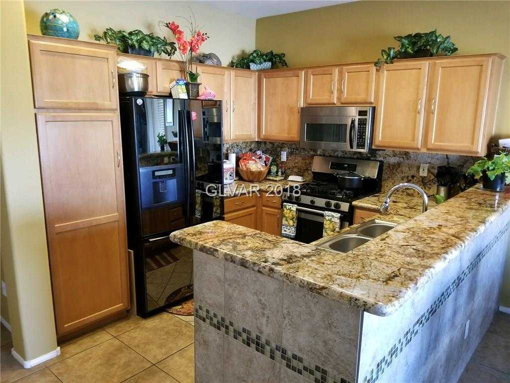 $268,500 - 2Br/3Ba -  for Sale in Via Dana Unit #3 At Southern H, Las Vegas