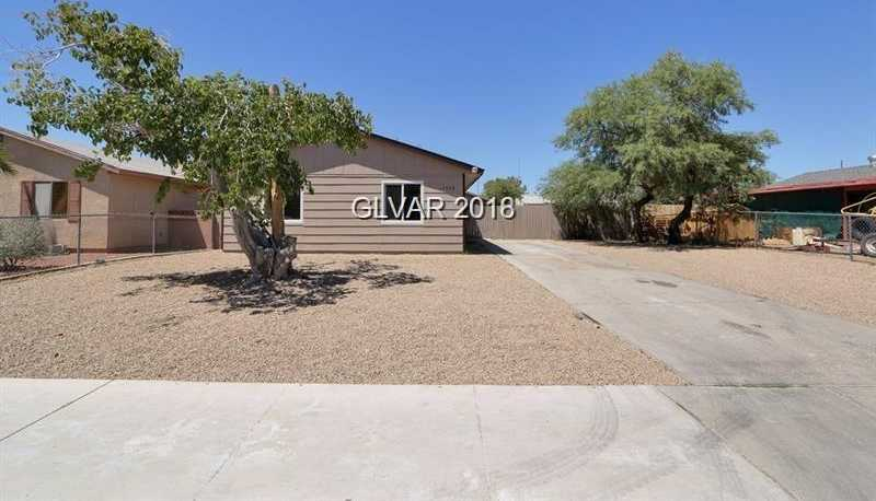 $200,000 - 5Br/2Ba -  for Sale in Holiday Park Unit #6, North Las Vegas