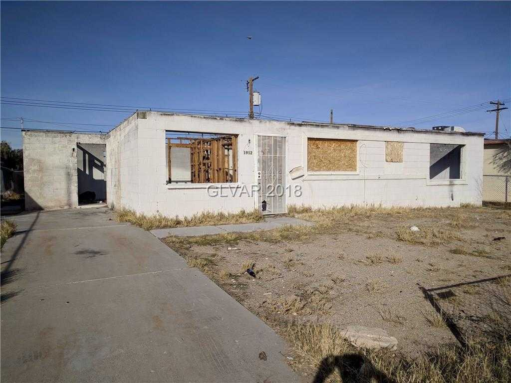 $82,000 - 5Br/2Ba -  for Sale in College Hgts #2, North Las Vegas