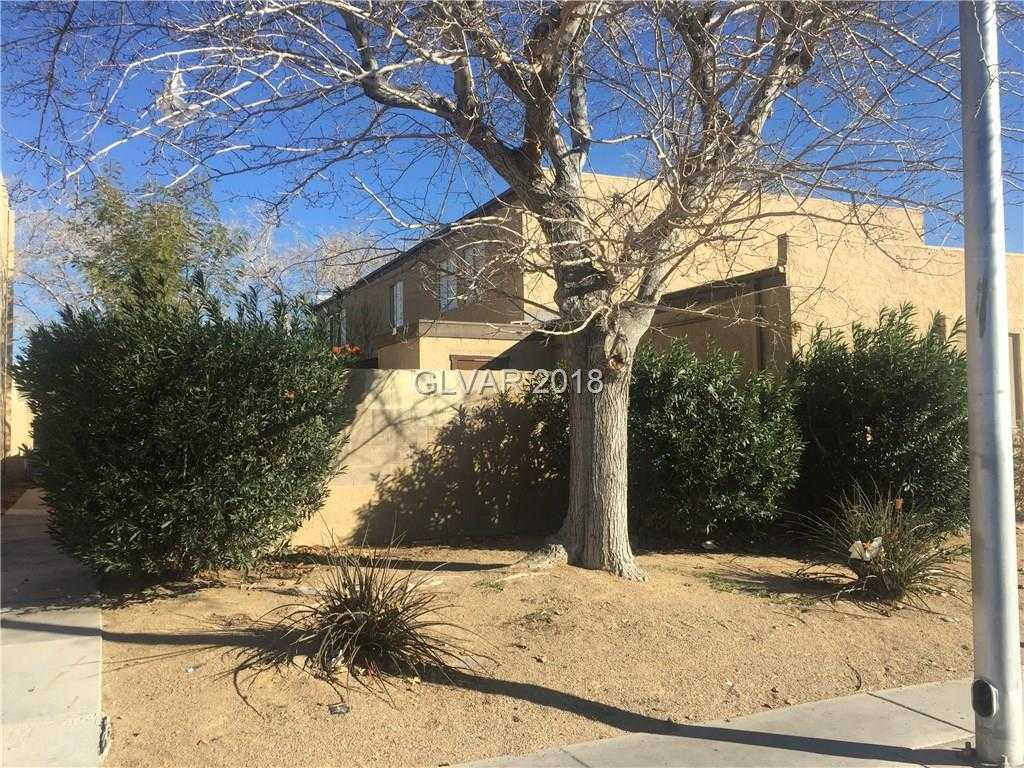 - 2Br/1Ba -  for Sale in Charleston Hgts Twnhs Tract 50, Las Vegas