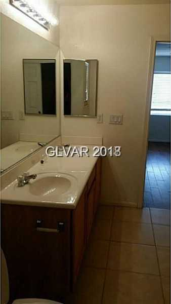 $250,000 - 3Br/3Ba -  for Sale in Tres Perros, Las Vegas
